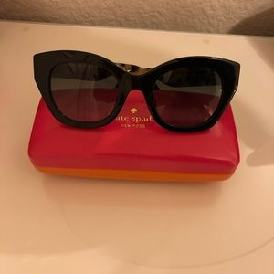 NEW Kate spade Jalenas sunglasses with case